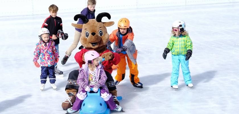 Ice skating Davos.jpg